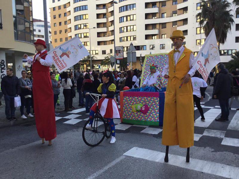 Desfile de Carnaval Infantil –  As Escolas EB1-JI de Fanhões e Casainhos marcaram presença pela primeira vez no desfile, uma iniciativa promovida pela Câmara Municipal de Loures e os respectivos agrupamentos de educação do Concelho, com apoio da Junta de Freguesia de Fanhões!