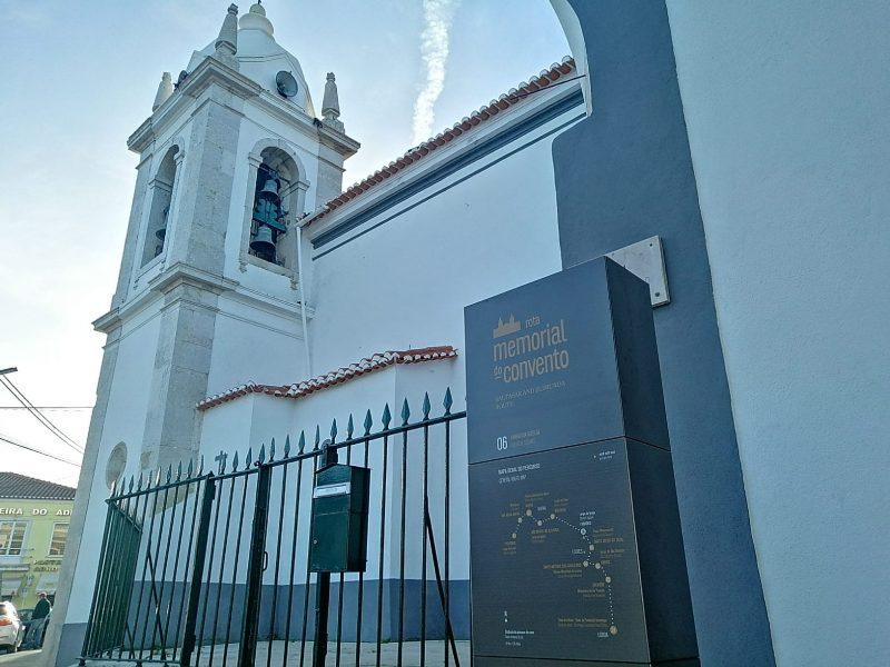 Fanhões -(f) Rota do Memorial do Convento – Colocado o Totem de interpretação da Rota, reconhecendo a importância da Freguesia de Fanhões e do seu património!