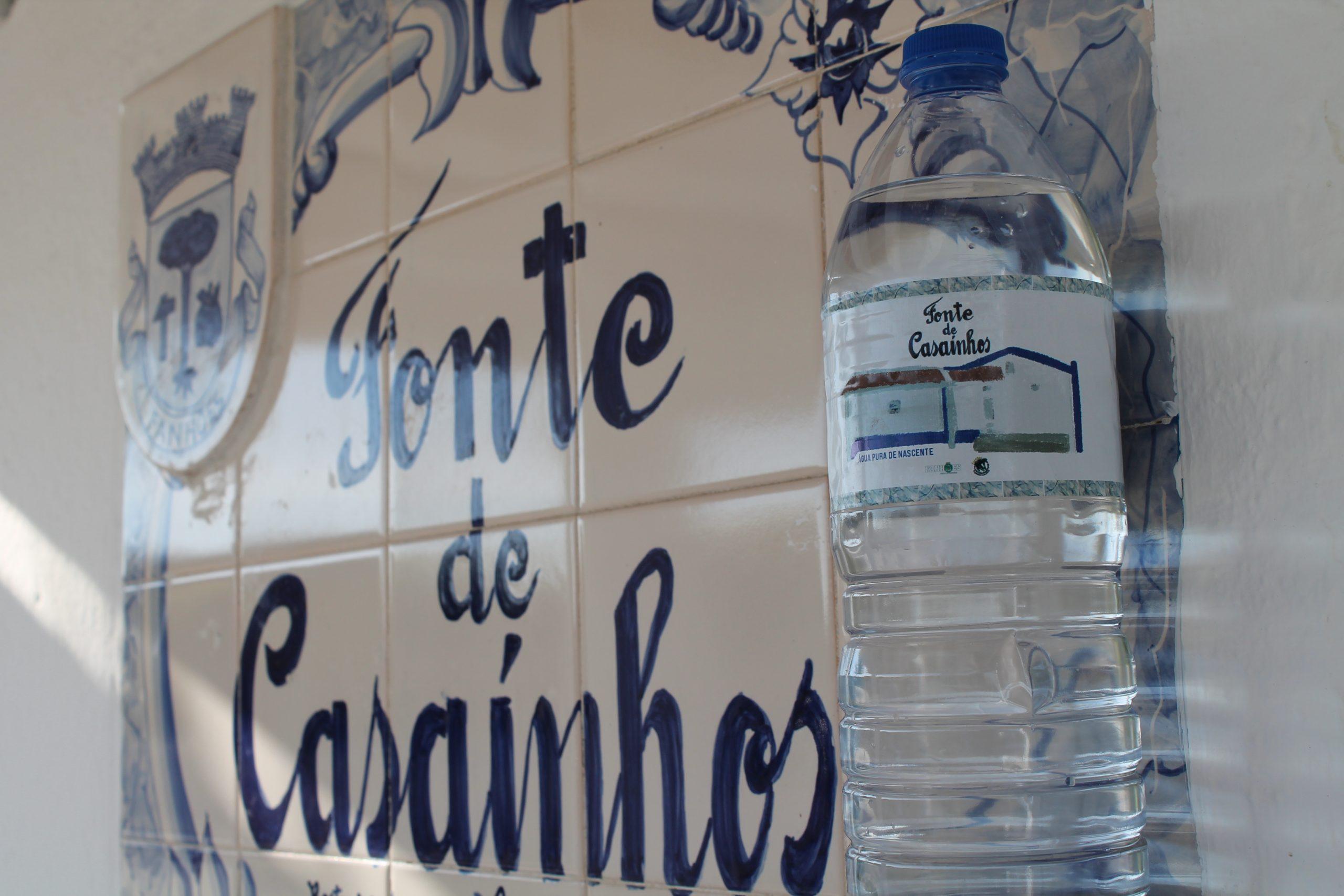 Dia Mundial da Água – A Junta de Freguesia de Fanhões, assinala este dia com a criação de um Rótulo alusivo à recuperação da Nascente da Fonte de Casaínhos.