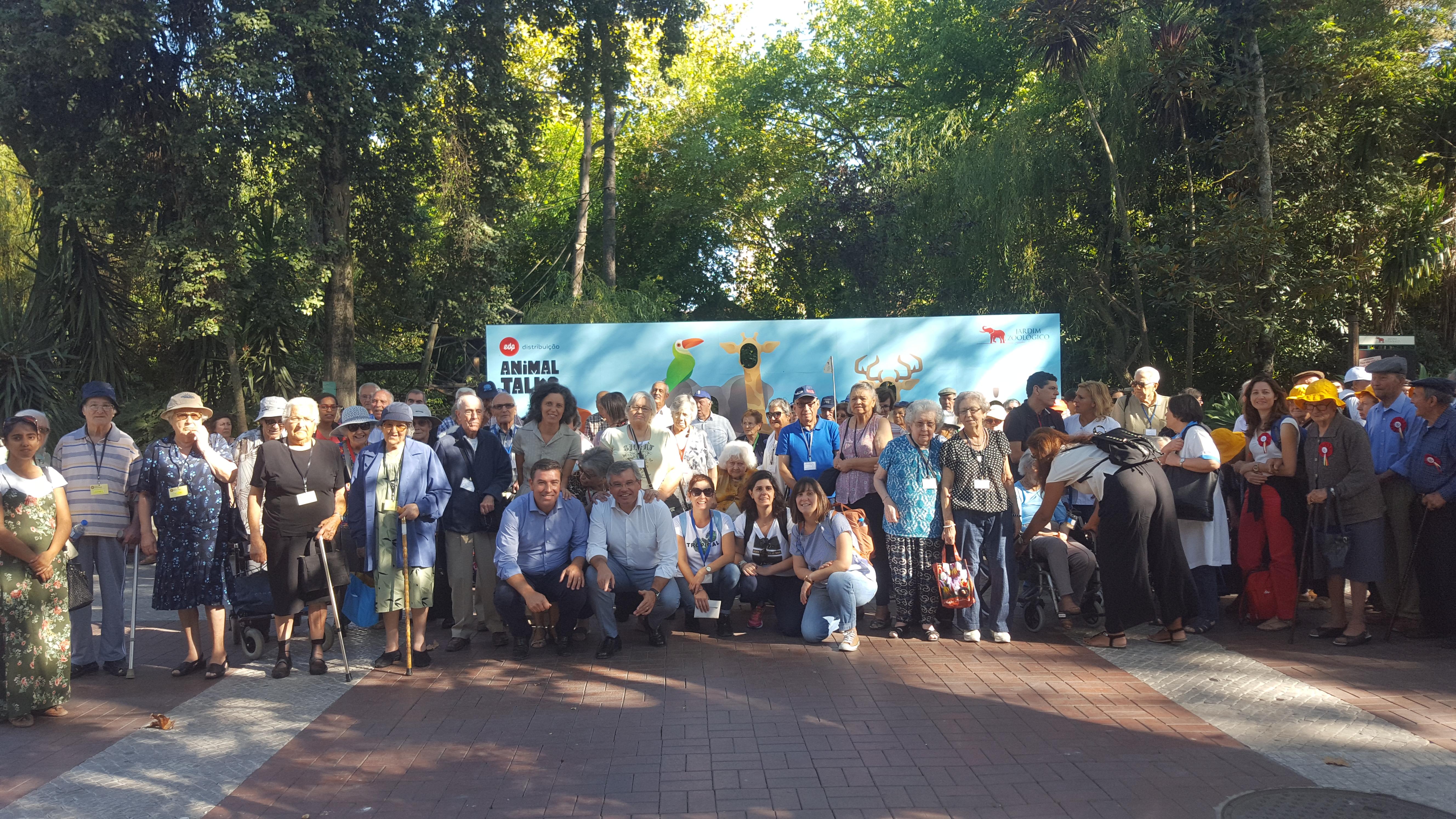 Visita ao Jardim Zoológico para os Utentes da instituições integradas na COMISSÃO SOCIAL INTER-FREGUESIAS DE LOUSA, LOURES, FANHÕES E BUCELAS
