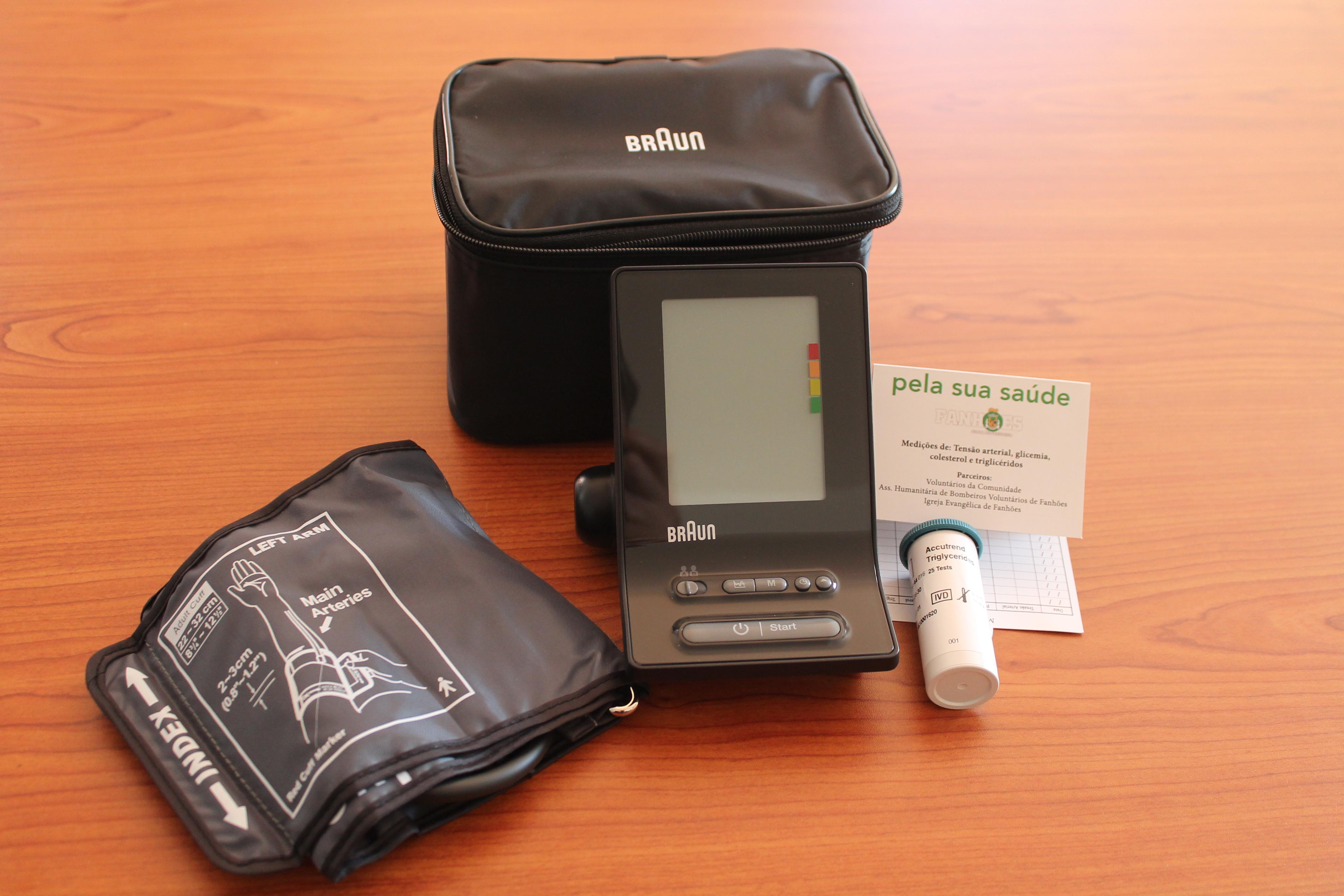 """Novos aparelhos de medição de Tensão Arterial. Novo teste de diagnóstico aos Triglicéridos e novos cartões, sempre em beneficio das pessoas e """"Pela Sua Saúde"""" !"""