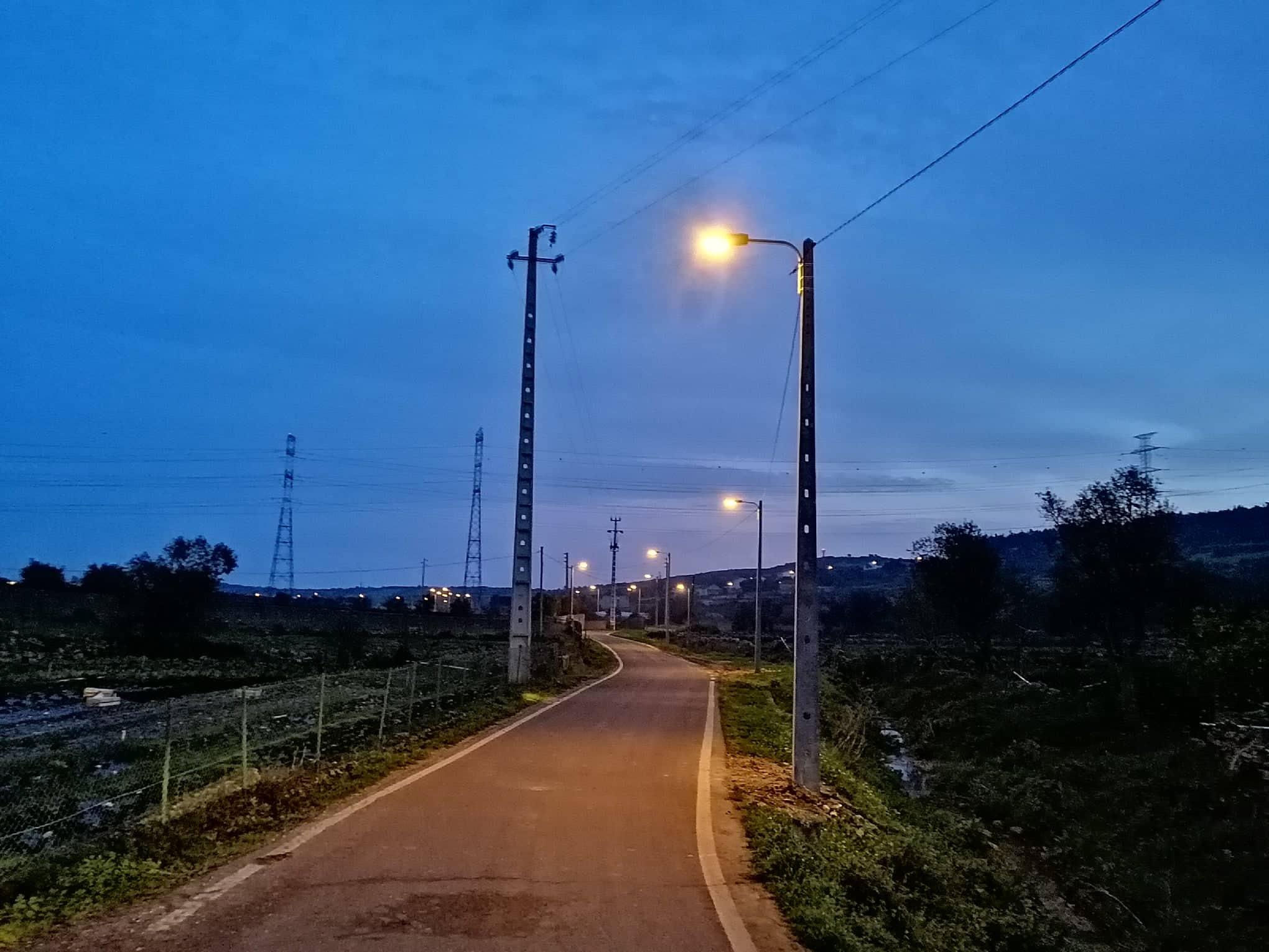 CASAINHOS -(c) TORRE BESOEIRA -(tb) Iluminação pública de toda a Rua das Hortas. Uma obra importante para a segurança e qualidade de vida da população!