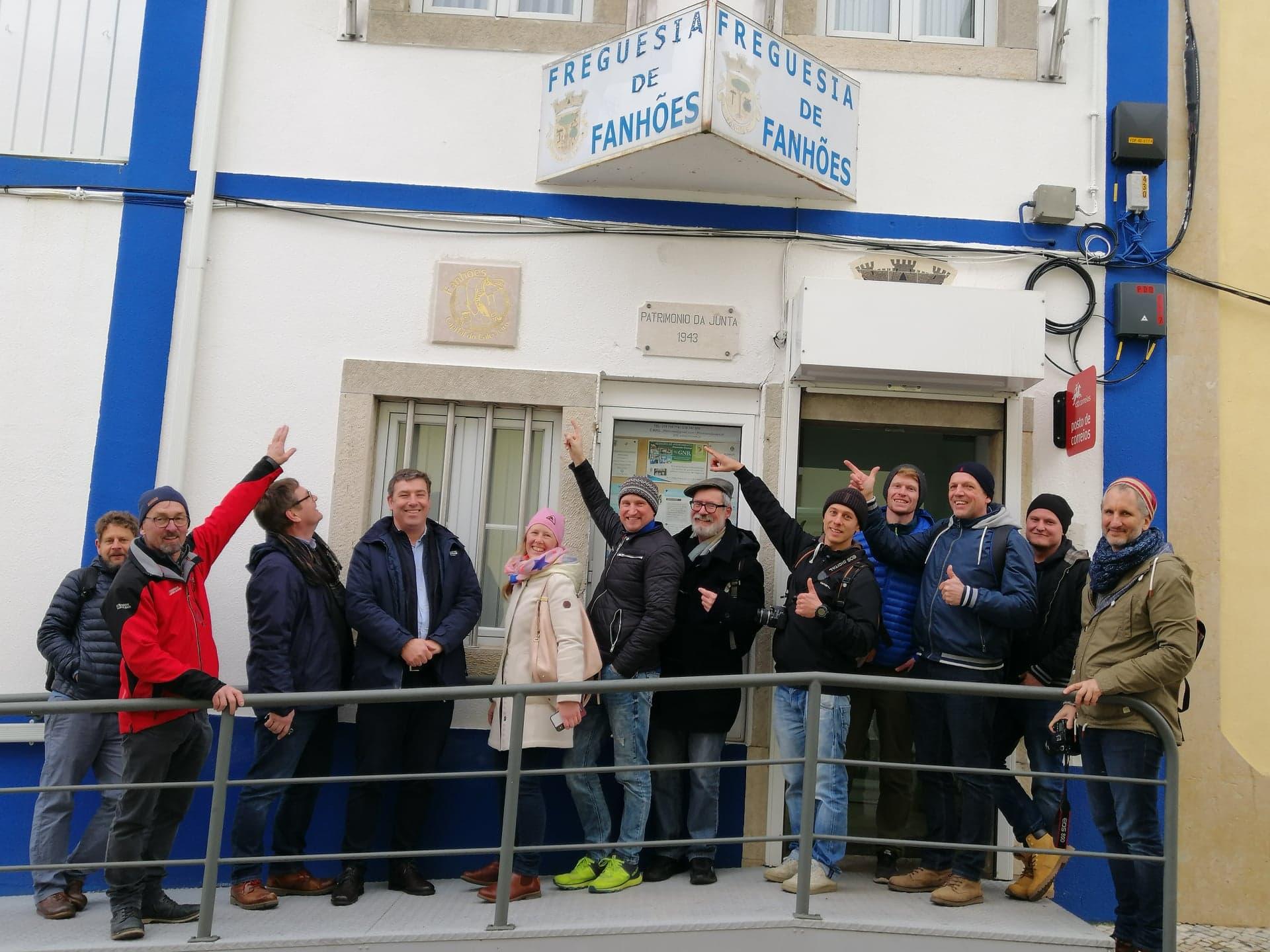 A Capital do Calceteiro recebeu a visita de um grupo alemães da empresa Knittel – Gartengestalter da área de jardinagem e calçada, numa visita de estudo e reconhecimento dos trabalhos artísticos dos nossos Mestres Calceteiros!